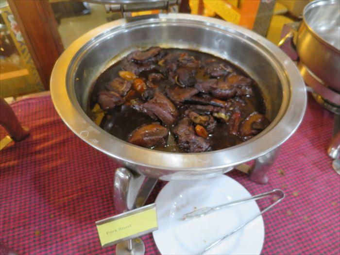 ドゥクチェンの夕食 干し肉の煮たの
