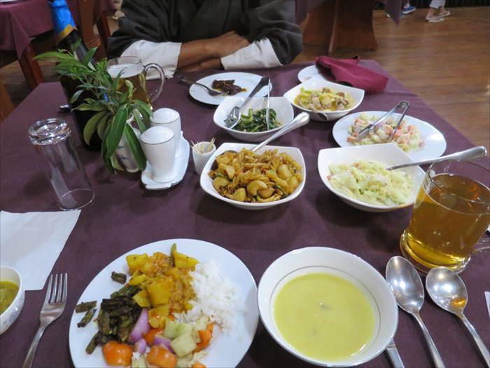 ドゥクチェンの夕食