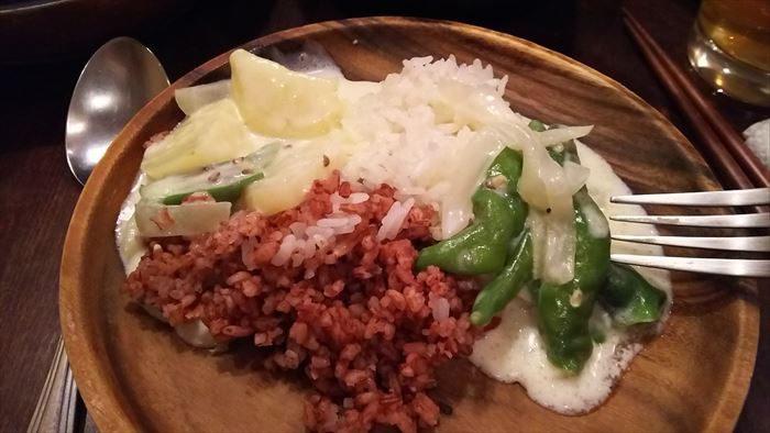 ガテモタブンの料理