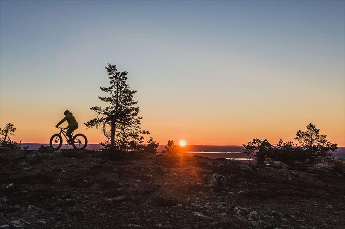 夜中のサイクリング