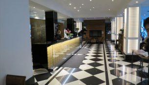 ホテル リラ・ロバーツのロビー