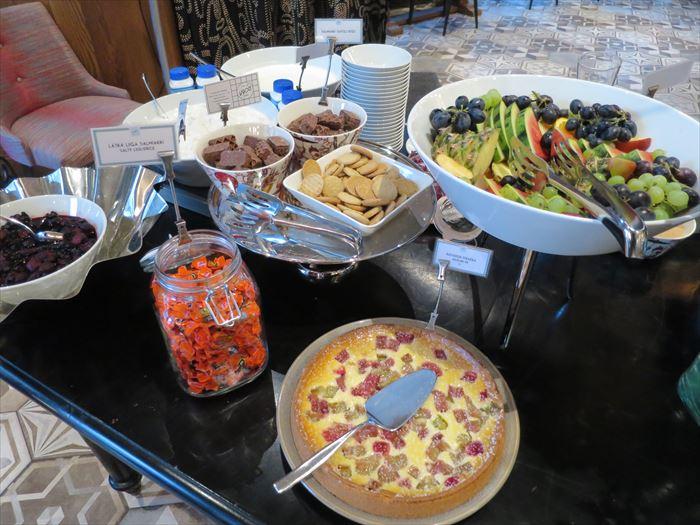 リラ・ロバーツの朝食ビュッフェ