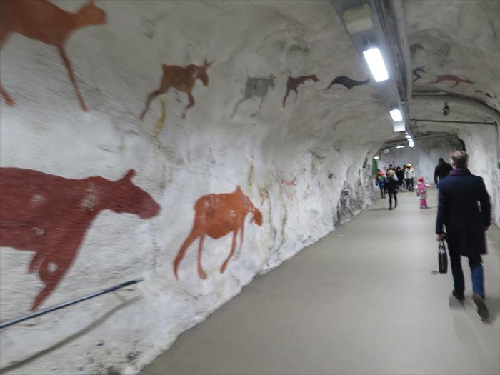 地下鉄の入口