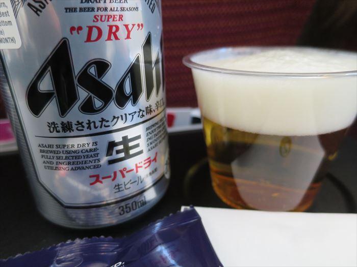 JAL機内のビール