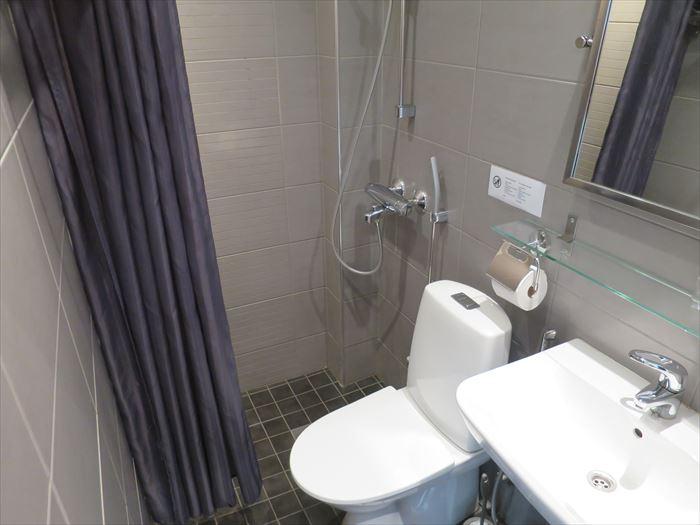 ホテル フィンのバスルーム