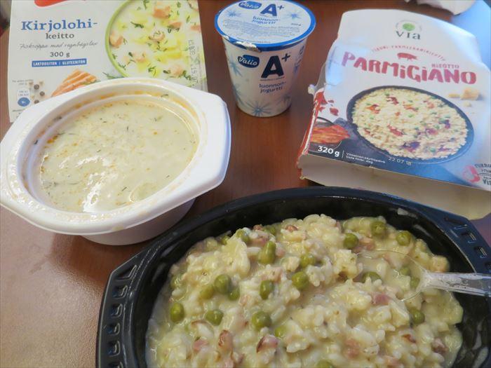レトルトのリゾットとスープ
