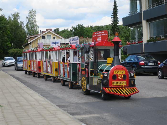 ナーンタリ・スパ・ホテルからナーンタリ市街地への有料トレイン