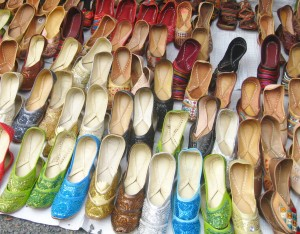 ラクダ皮製の靴
