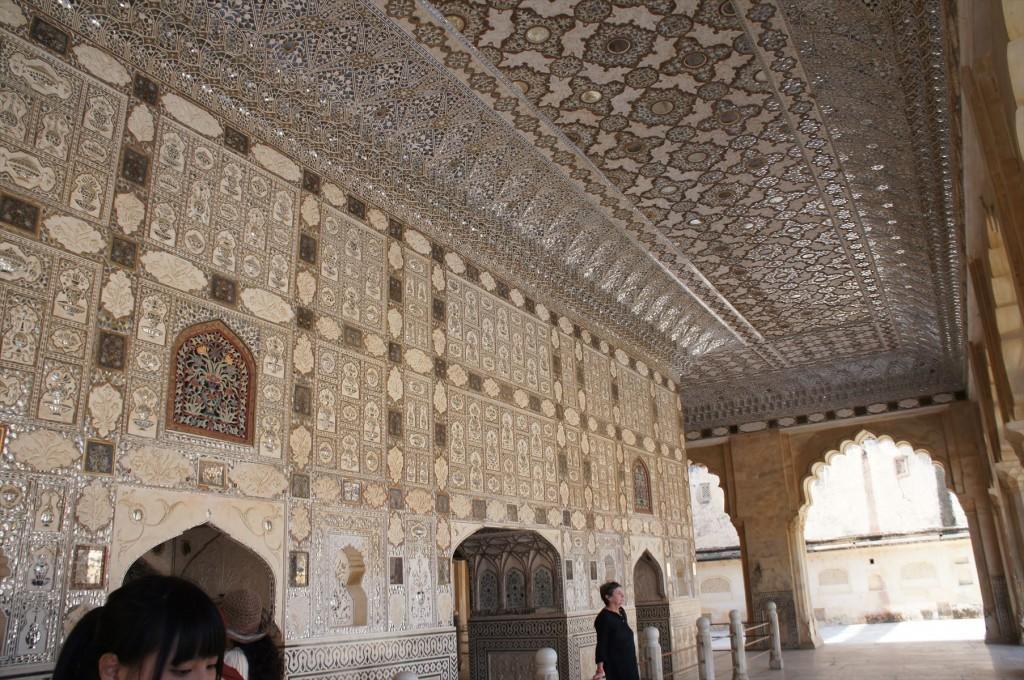 アンベール城の「鏡の間」