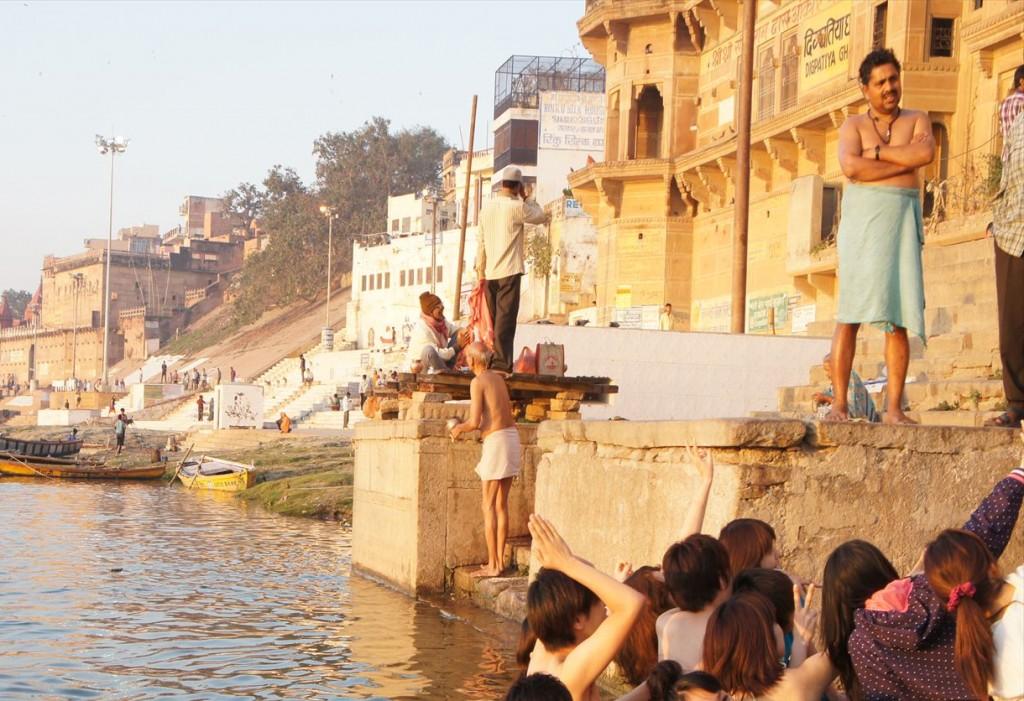ガンジス川で沐浴体験