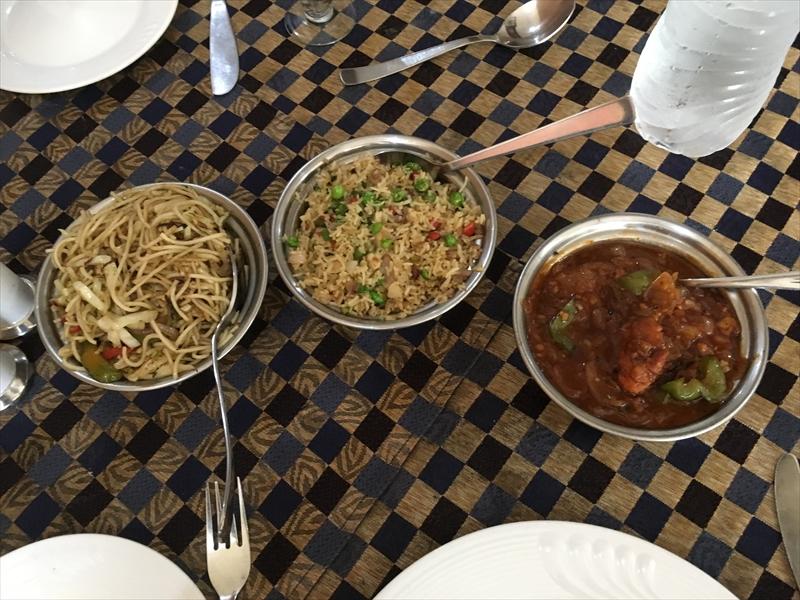 数日インドに滞在する場合、中華料理を挟むのがおすすめ。