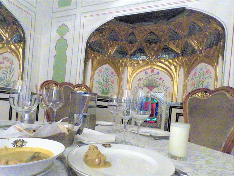 ジャイプール「アンベール城」の城砦レストランの料理