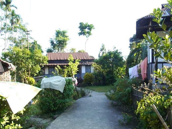 マウリノン村