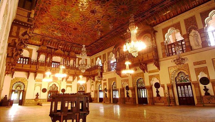 ラクシュミー・ヴィラス宮殿