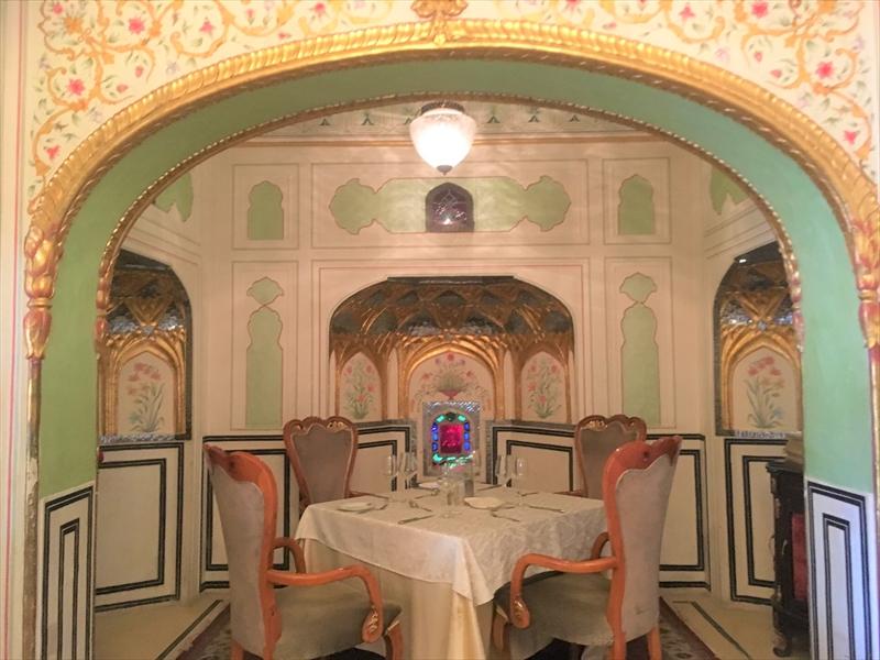 ジャイプール「アンベール城」の城砦レストラン