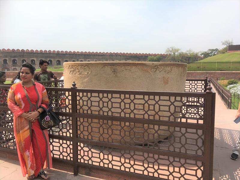 ムガル帝国時代に使われていたバスタブ