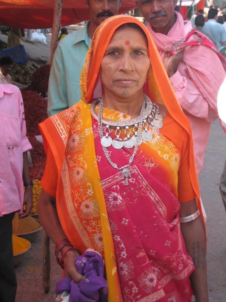 グジャラート ラトワ族の女性