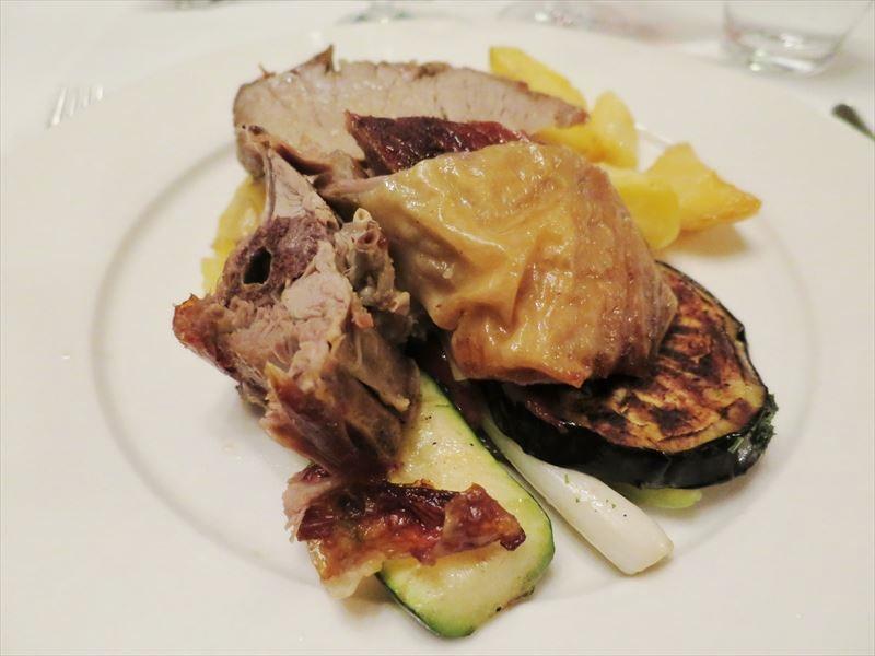 肉料理 クロアチアの食事