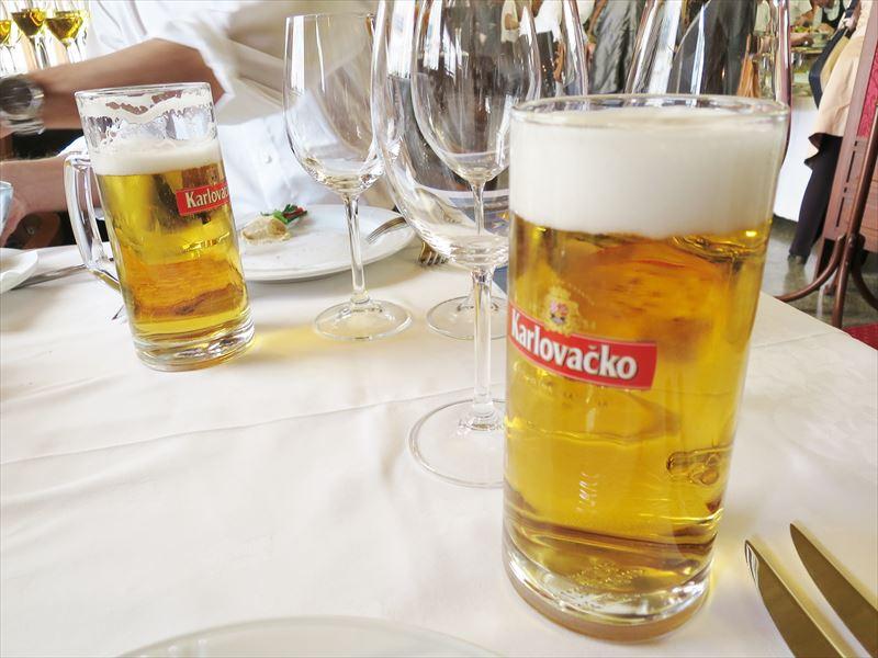 スッキリしたクロアチアビール クロアチアの食事