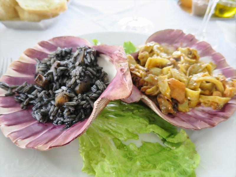 イカスミのリゾットとシーフードパスタ クロアチアの食事