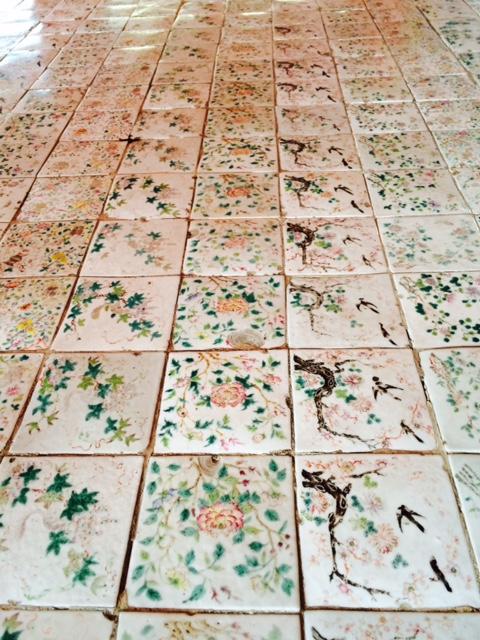 バンパイン宮殿の床