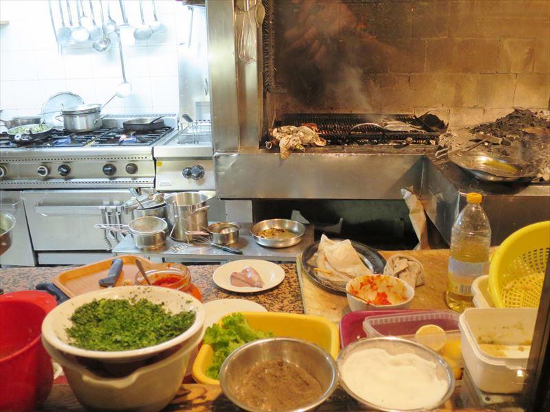 VAROSの厨房