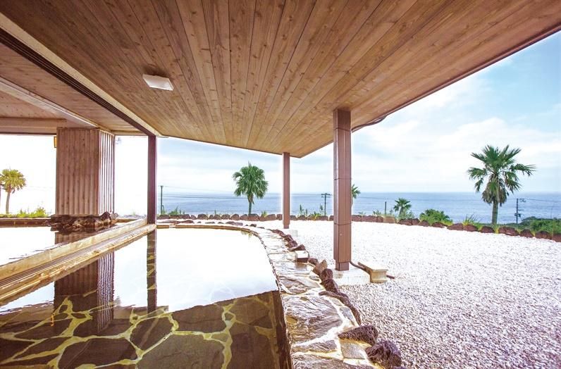 リードパークリゾート八丈島 露天風呂