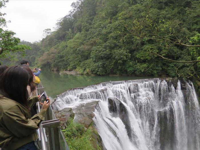台湾のナイアガラ 十分瀑布