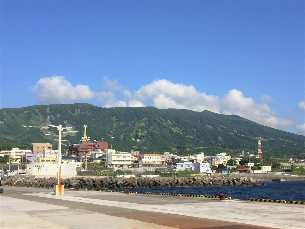 伊豆大島 元町港からの風景
