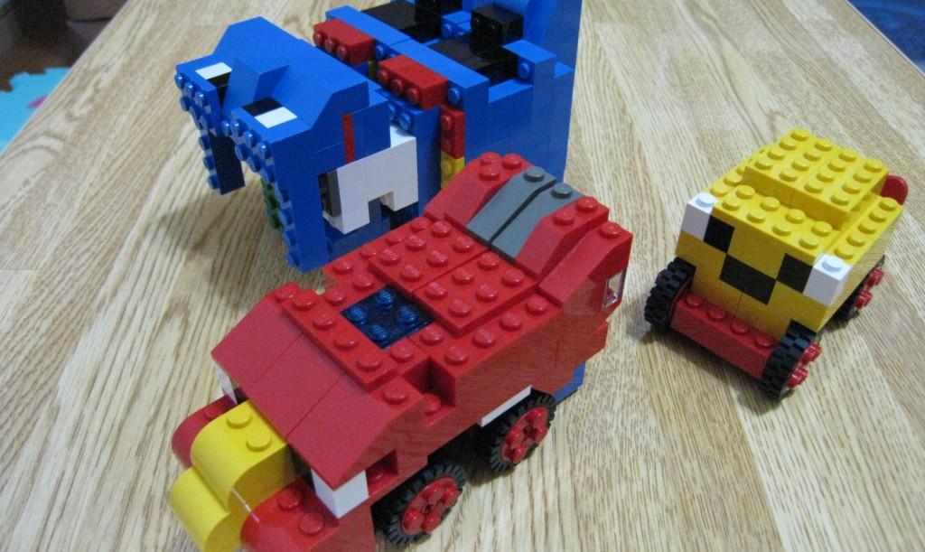 レゴブロックでロボットづくり