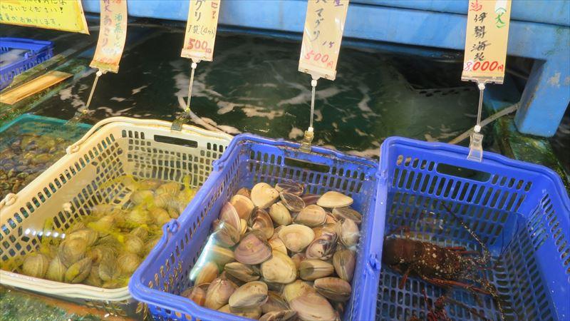 小田原の海鮮市場