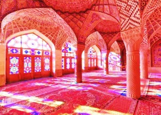 イラン シーラーズのスジェデ・ナスィーロル・モスク