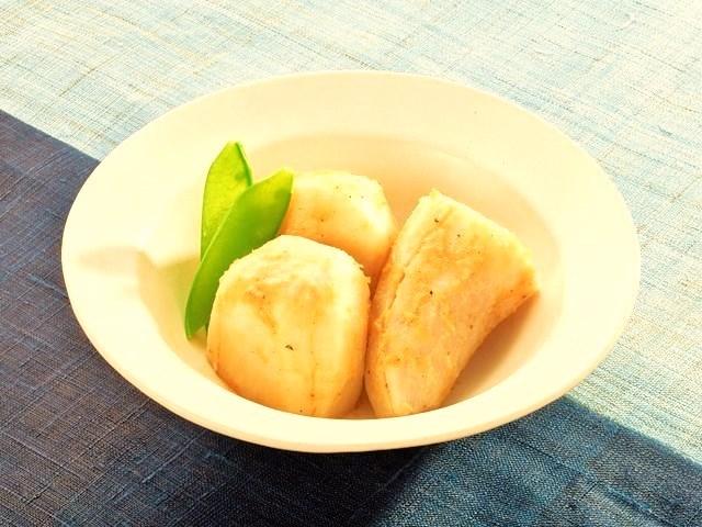 ナツメグ 里芋のごま煮