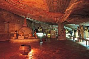 世界遺産ダンブッラ石窟寺院