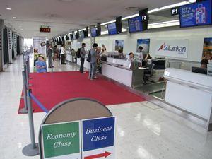 成田空港では、優先チェックインと優先搭乗が可能