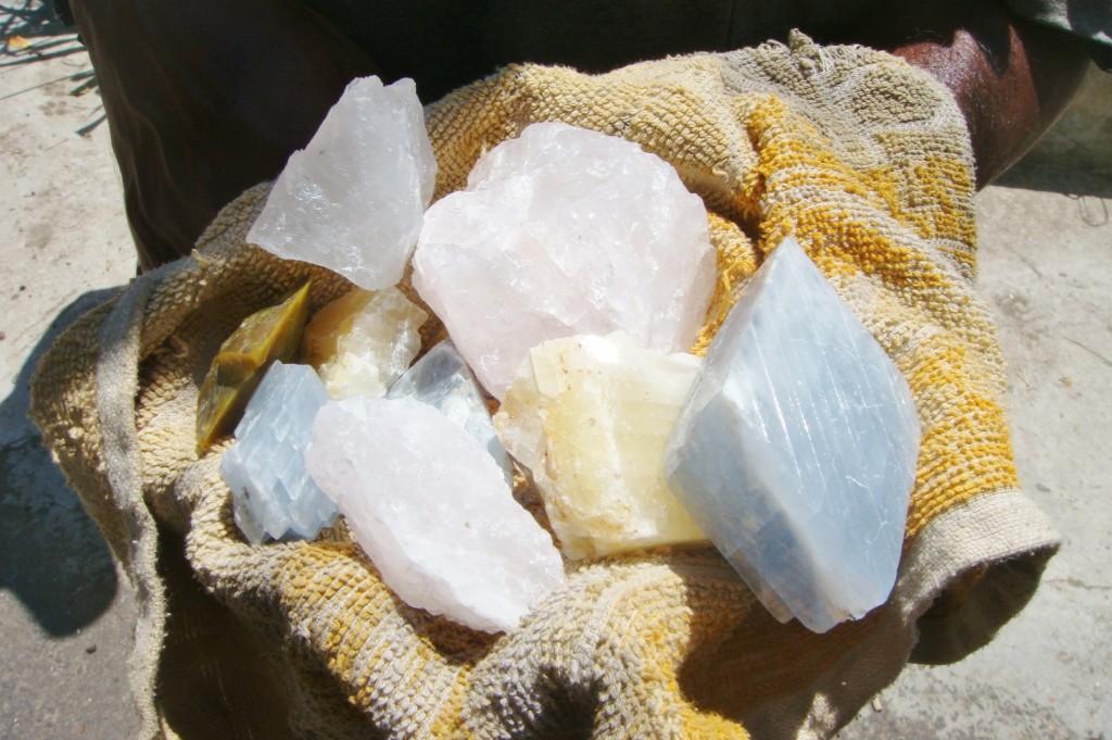 スリランカのきれいな石