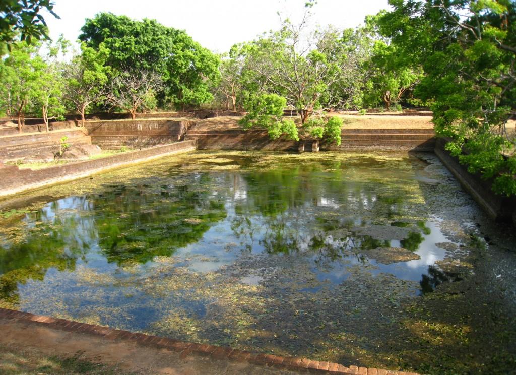 シギリヤロックの貯水池