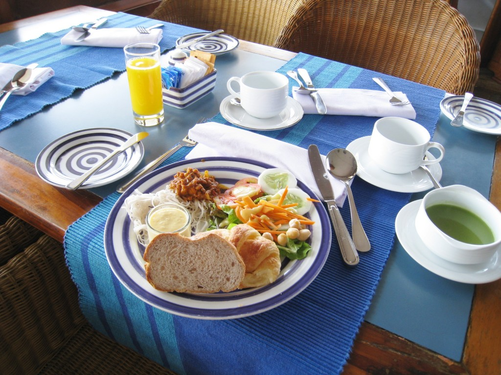 ジェットウイング・ライトハウスの朝食