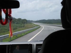 スリランカの高速道路