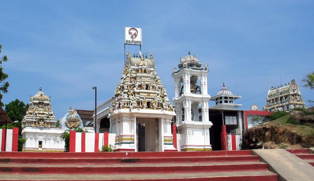 スリランカ東海岸のヒンズー教寺院