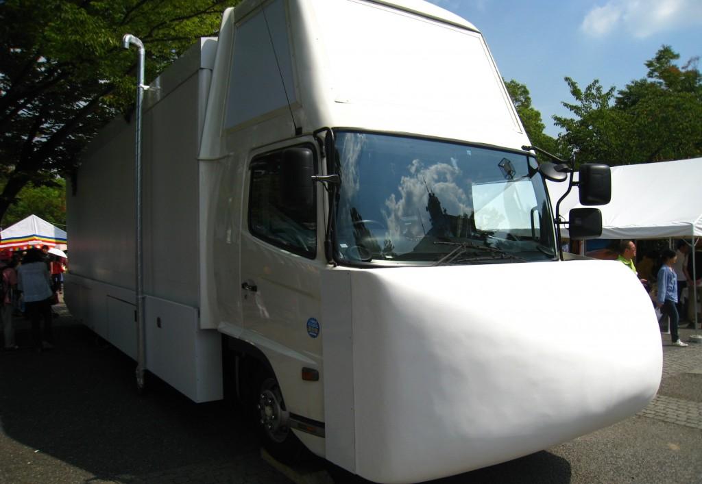 スリランカ航空のトラック