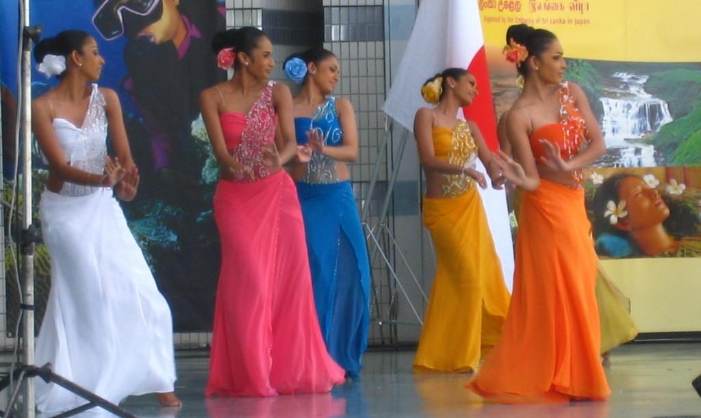 スリランカフェスティバルで見られるダンス