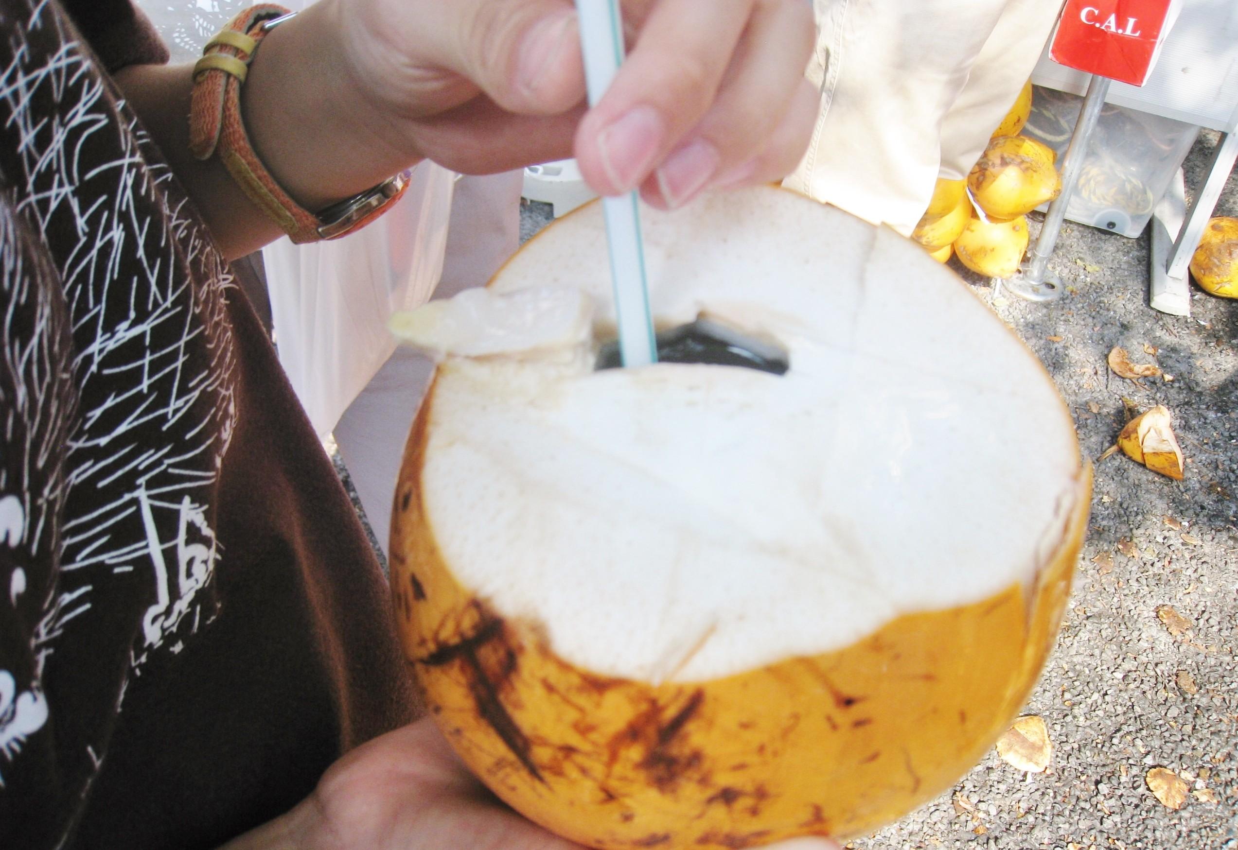 ココナッツジュース