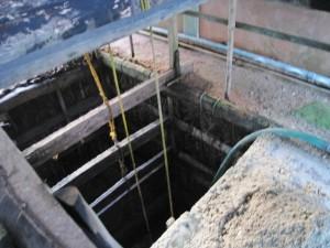 宝石掘りの井戸