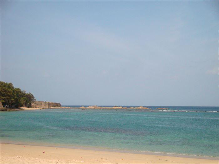 トリンコマリーの海