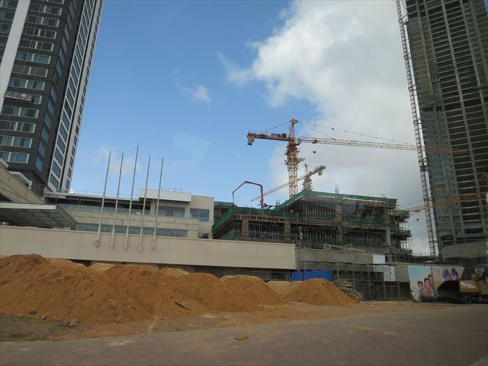 コロンボで建設中のホテル