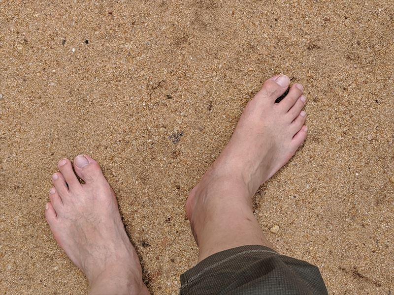 スリランカでは、裸足になることが多い